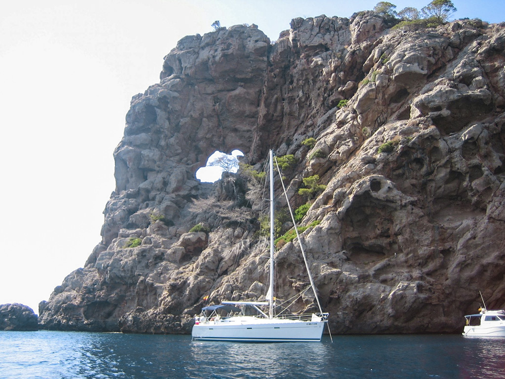 oceanis 393 clipper ibiza rent