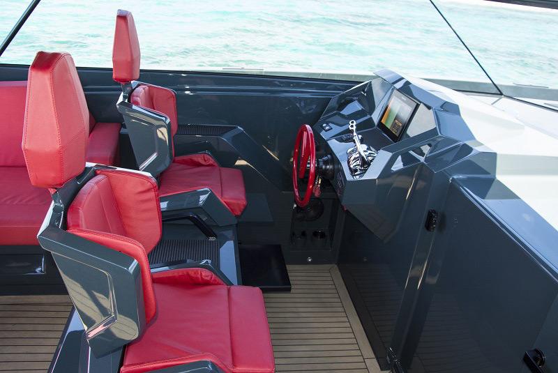ibiza rent yacht luxury VANQUISH-VQ48 LADY THUNDER