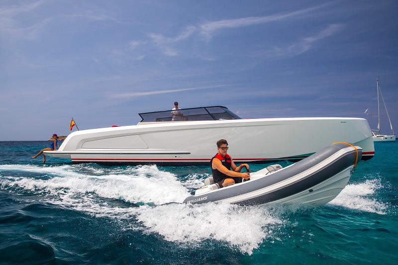 rent boat ibiza experience