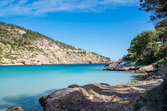 boat rentals and family activities in ibiza