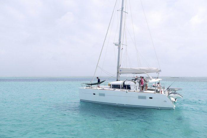 Catamaran Lagoon 400 in ibiza