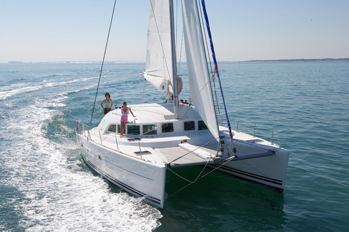 Catamaran Lagoon 380 S2 in ibiza 5