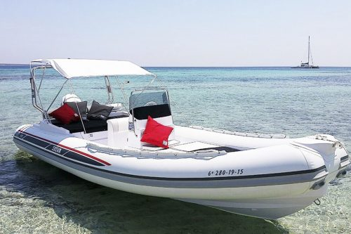 rental semi rigid selva 650 DS in Ibiza