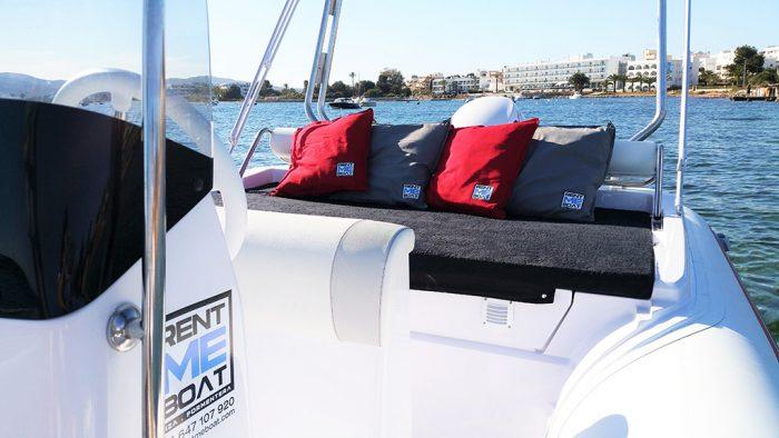 rental semi rigid selva 650 DS in Ibiza