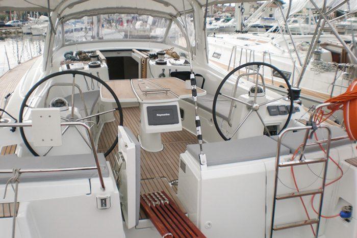 sailboat Beneteau Oceanis 50 Ibiza