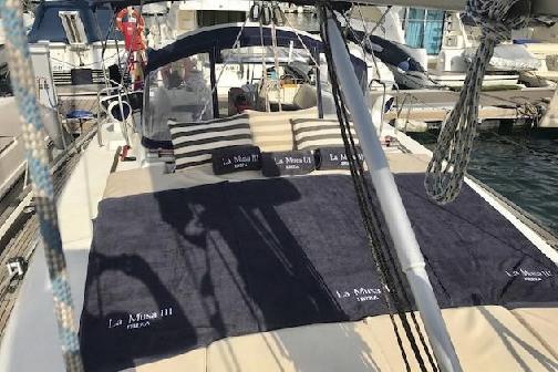 sailboat Beneteau Oceanis 50 Ibiza 5