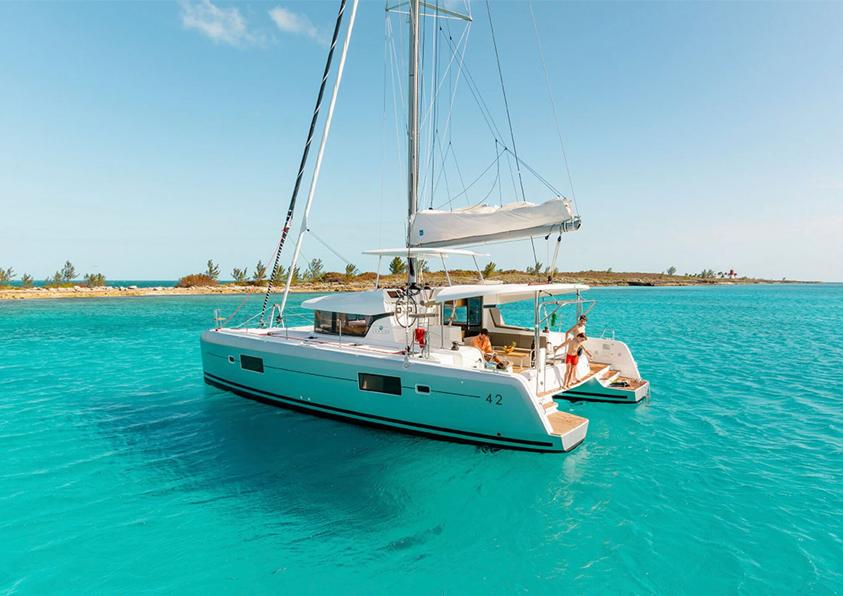 laguna 42 boat charter ibiza - family day