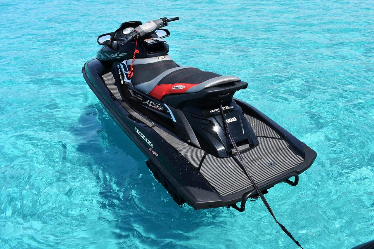 Yamaha FX Ibiza, rent a water scooter in Ibiza Santa Eulalia